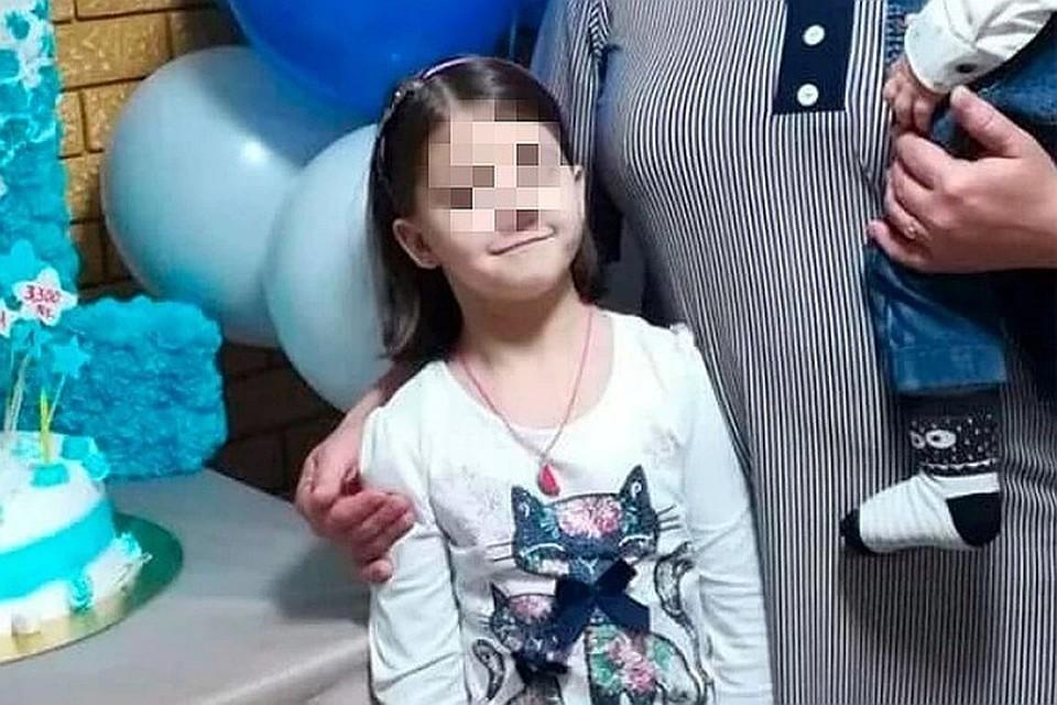 На юге Таджикистана начался суд над насильником и убийцей девятилетней девочки